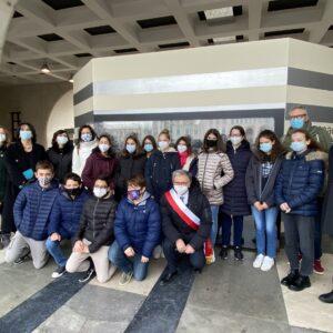 L'inaugurazione dell'opera in memoria delle vittime del Covid a Niguarda